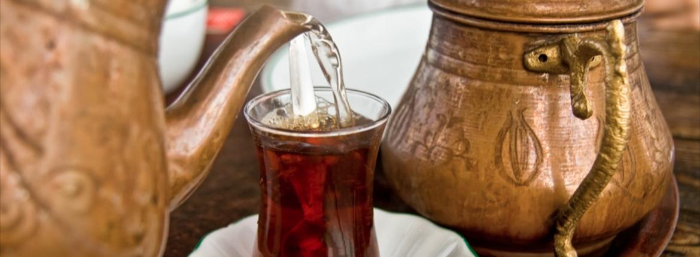 Tè tradizionale turco